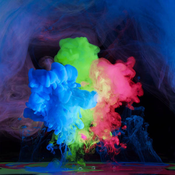 colored ink in water aqueous mark mawson 3 Ink Explosions Under Water by Mark Mawson