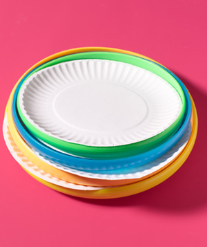 use frisbees to reinforce disposable plates