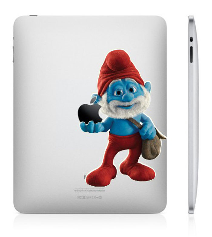 funny creative ipad decal smurf 33 Creative Decals for your iPad
