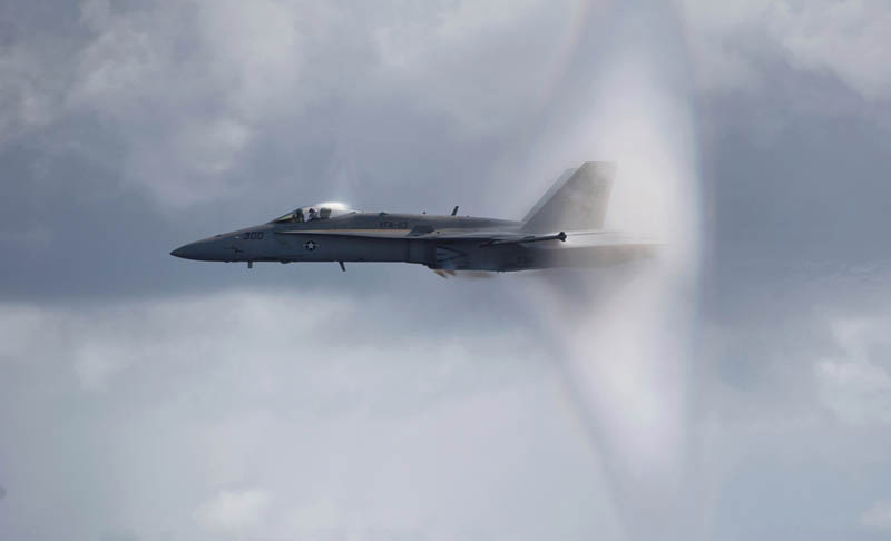 hornet going mach 1 from the side angle