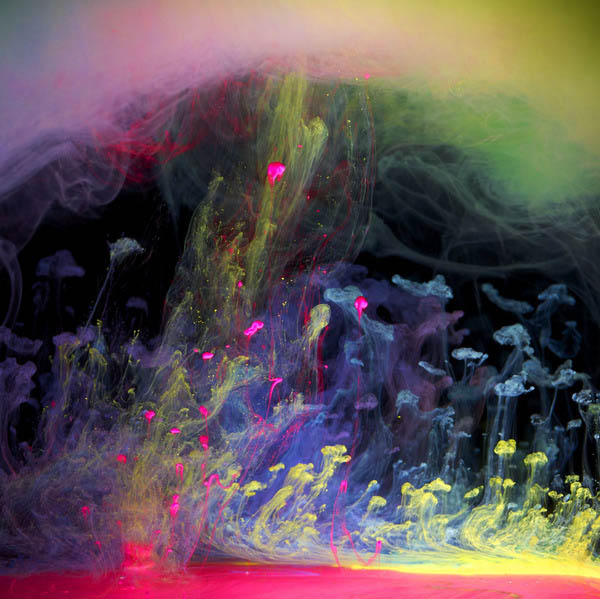ink in water aqueous series mark mawson 1 6 Amazing Color Spectrums Made from Thread