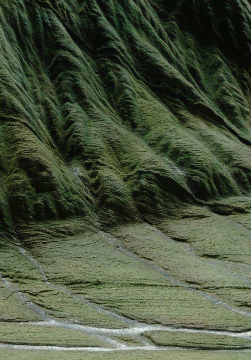 landscape book art guy laramee 5 Breathtaking Landscapes Carved Into Books