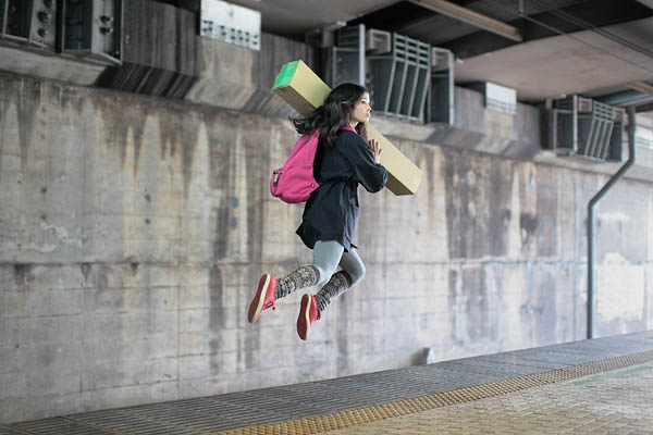 levitation photo portraits by natsumi hayashi 14 Levitation Portraits by Natsumi Hayashi
