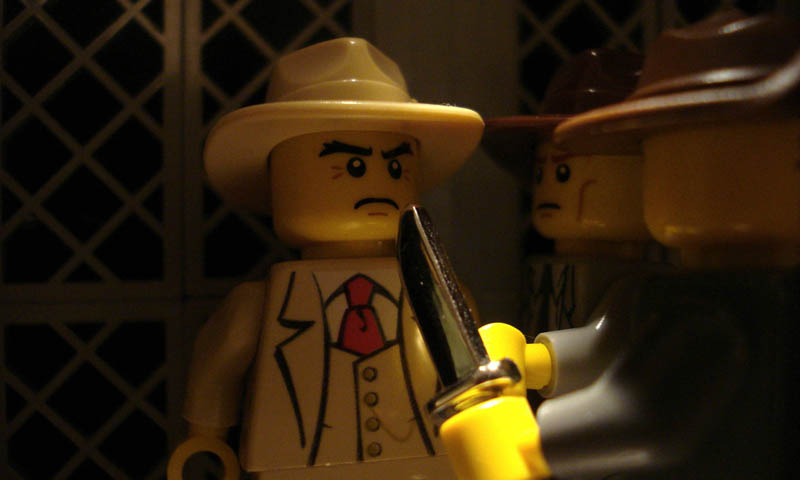 recreating movie scenes from lego alex eylar chinatown Recreating Famous Movie Scenes with Lego