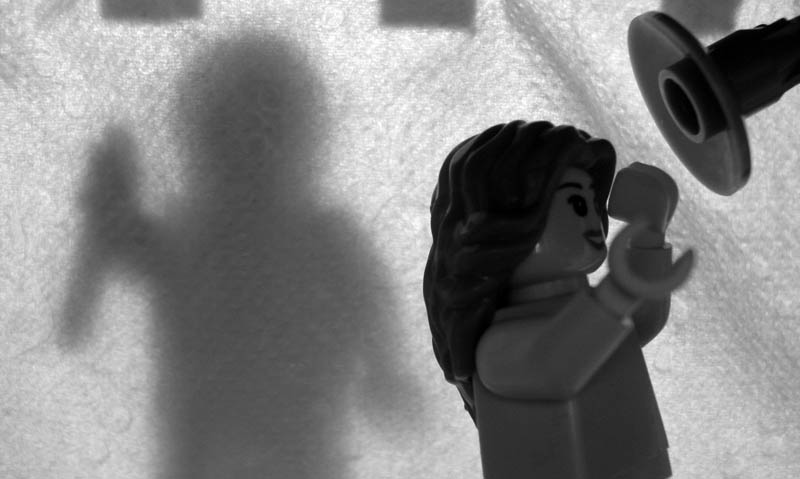 recreating movie scenes from lego alex eylar psycho Recreating Famous Movie Scenes with Lego