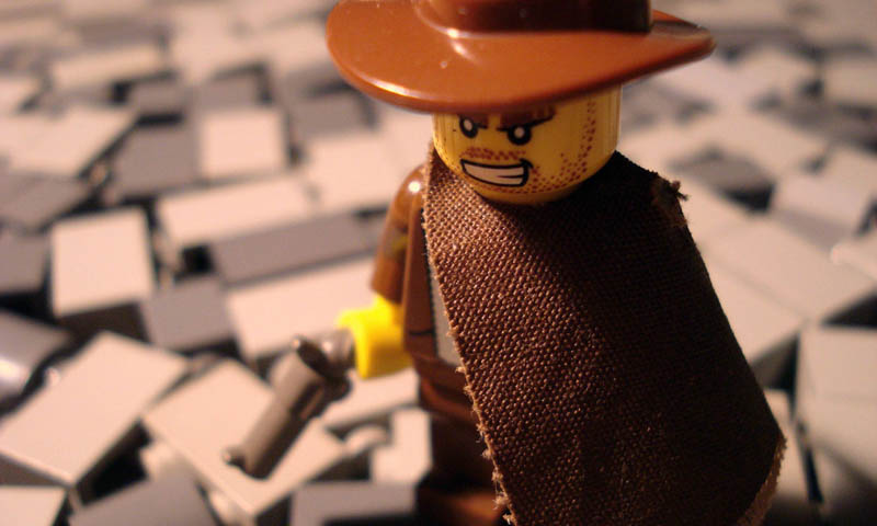 recreating movie scenes from lego alex eylar the good the bad and the ugly Recreating Famous Movie Scenes with Lego