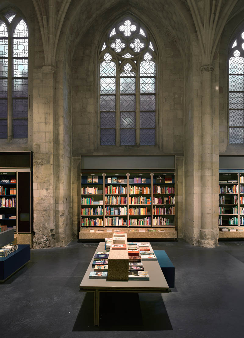 selexyz dominicanen bookstore church conversion netherlands 5 The Worlds Most Beautiful Bookstore