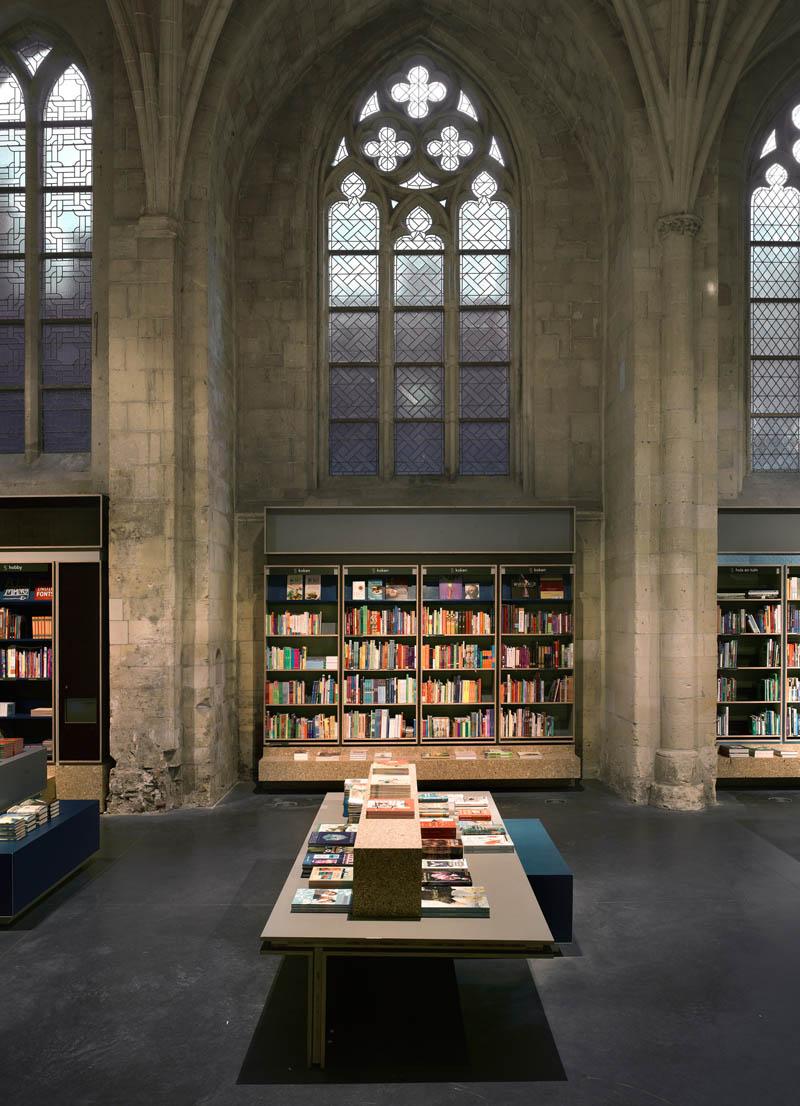 selexyz dominicanen bookstore church conversion netherlands 5 The Worlds Most Beautiful Bookstore