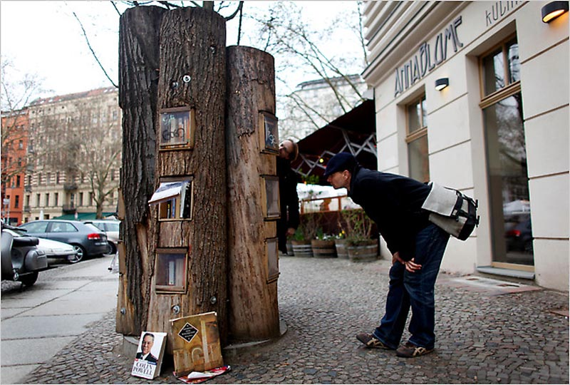 book forest bookshelf trees in berlin 1 Fallen Trees Turned Into Public Bookcases in Berlin