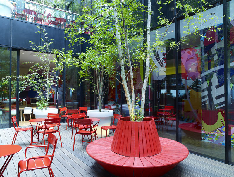 CitizenM Unveils Boutique Hotel in London «TwistedSifter