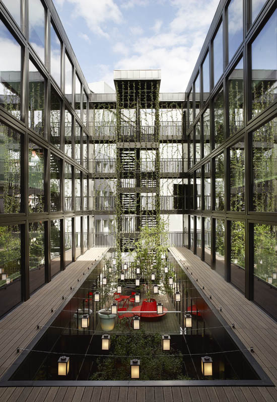 Citizenm Unveils Boutique Hotel In London 171 Twistedsifter