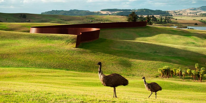 richard serra te tuhiranqi contour gibbs farm 2 The Incredible Sculptures of Gibbs Farm