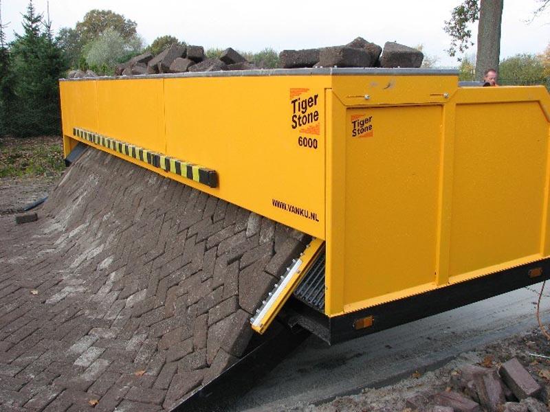 tiger stone interlocking brick road machine printer lays bricks 1 This  Machine Prints Brick Roads