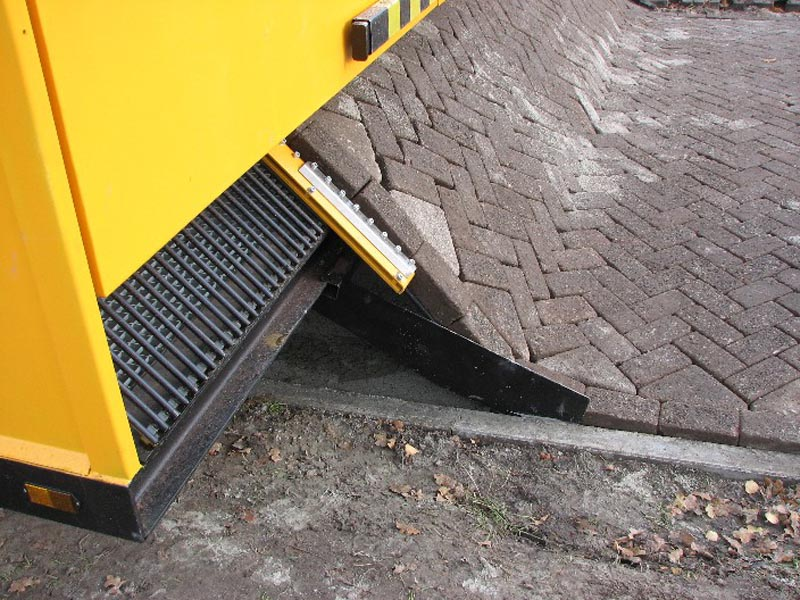 close up of tiger stone brick laying machine