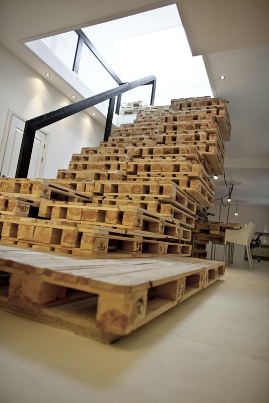 staircase made of shipping pallets