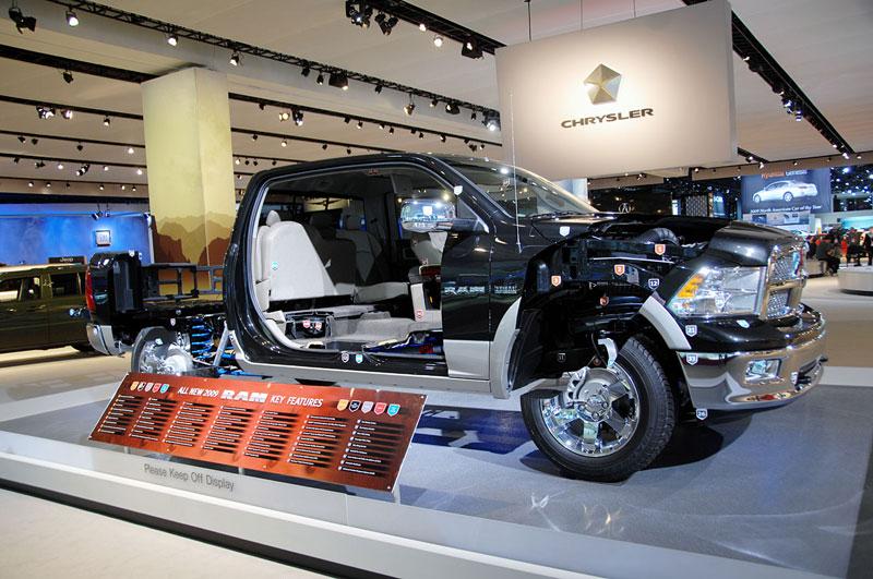 2009 dodge ram cutaway truck cut in half 15 Amazing Car Cutaways