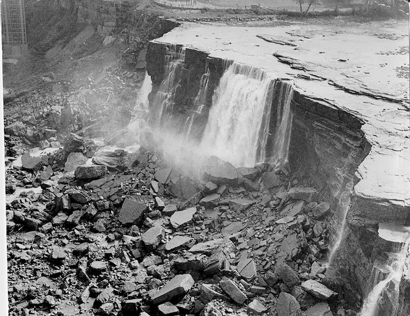 american niagara falls dry de watered 1969 6 The Day Niagara Falls Went Dry