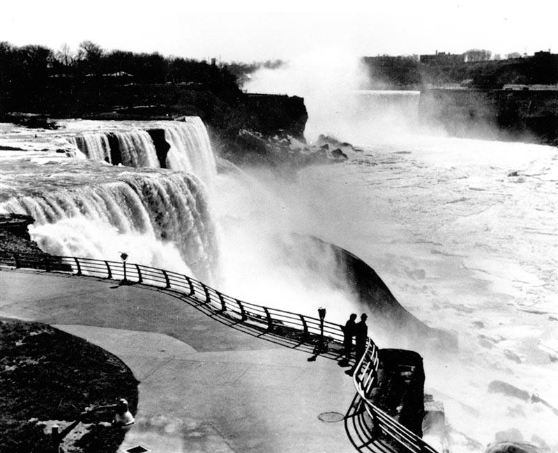 american niagara falls dry de watered 1969 9 The Day Niagara Falls Went Dry