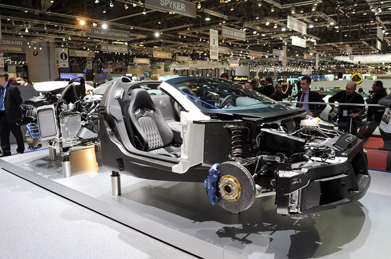 bugatti grand sport cutaway3 15 Amazing Car Cutaways