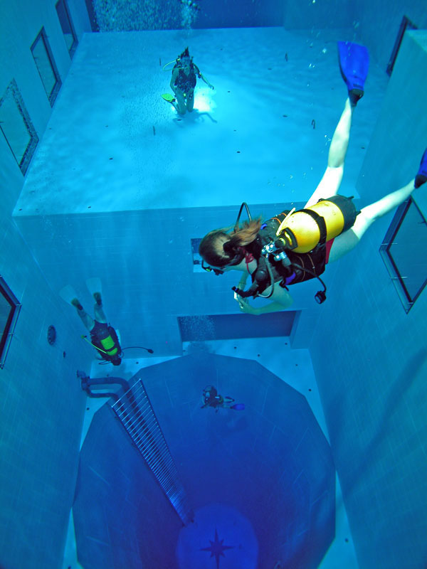 The deepest indoor swimming pool in the world twistedsifter - How deep is the average swimming pool ...
