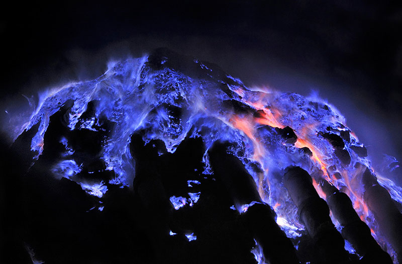 Picture of the Day: Close-up of Flaming MoltenSulfur
