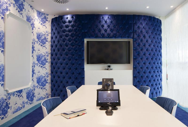 google-Λονδίνο-HQ-γραφείο-με-Penson-1