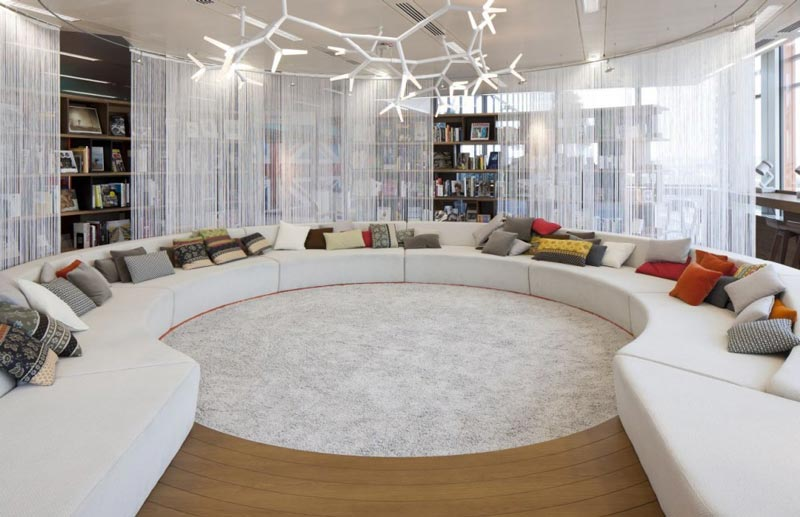 google-Λονδίνο-HQ-γραφείο-με-Penson-2