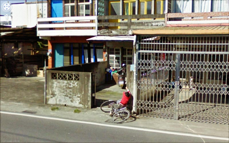 interesting google street view images 17 25 Pictures of Life Captured by Google Street View