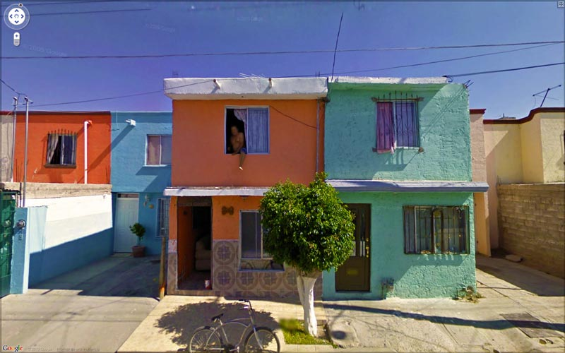 interesting google street view images 5 25 Pictures of Life Captured by Google Street View