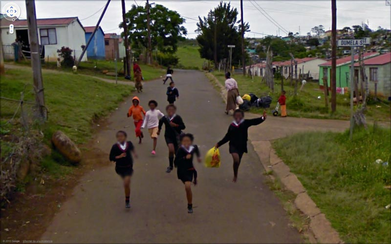 interesting google street view images 8 25 Pictures of Life Captured by Google Street View