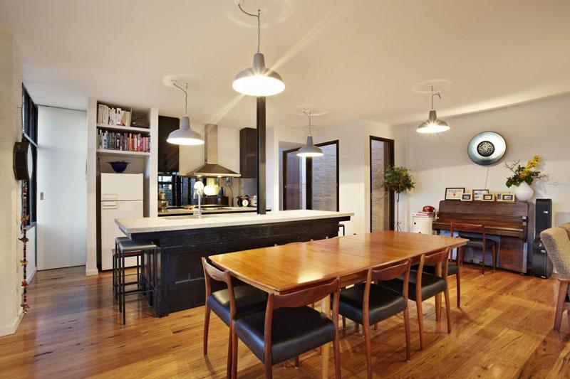 Amazing warehouse apartments conversion in melbourne for Apartment design melbourne