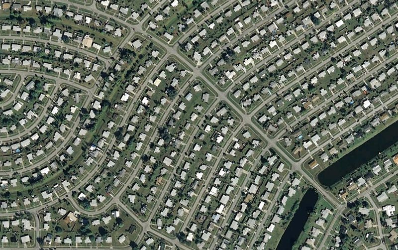 aerial patterns of human housing developments on google maps 12 Patterns of Human Development Found on Google Maps