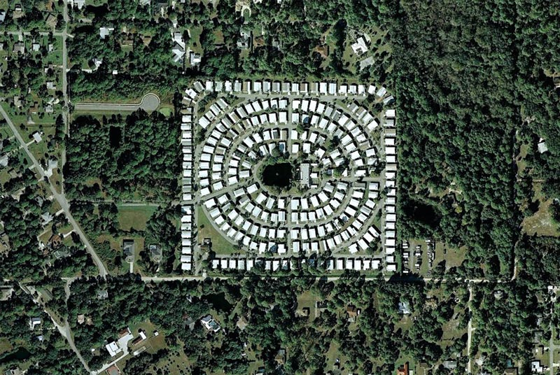 aerial patterns of human housing developments on google maps 15 Patterns of Human Development Found on Google Maps