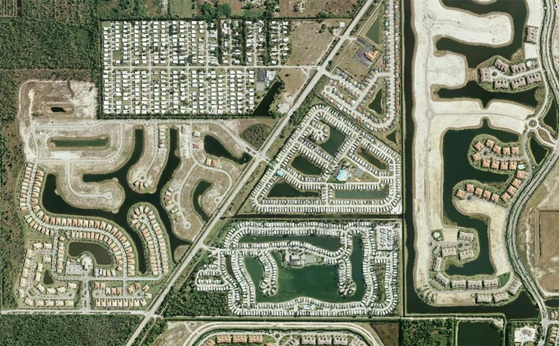 aerial patterns of human housing developments on google maps 18 Patterns of Human Development Found on Google Maps