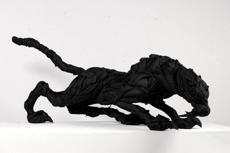 animals made from tires by yong ho ji 13 Animal Sculptures Made from Old Tires