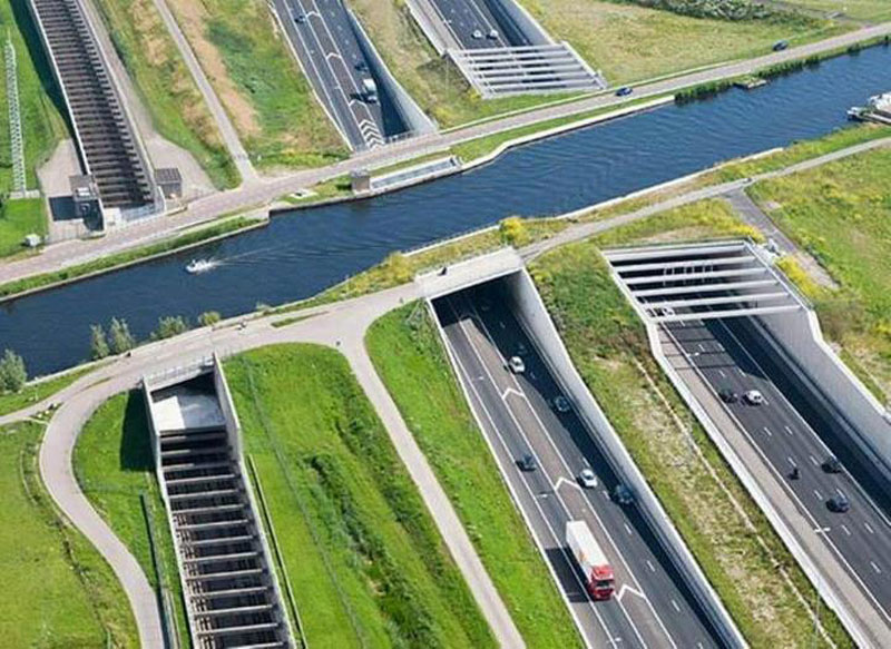 Picture of the Day: Aqueduct Highway Overpass in TheNetherlands