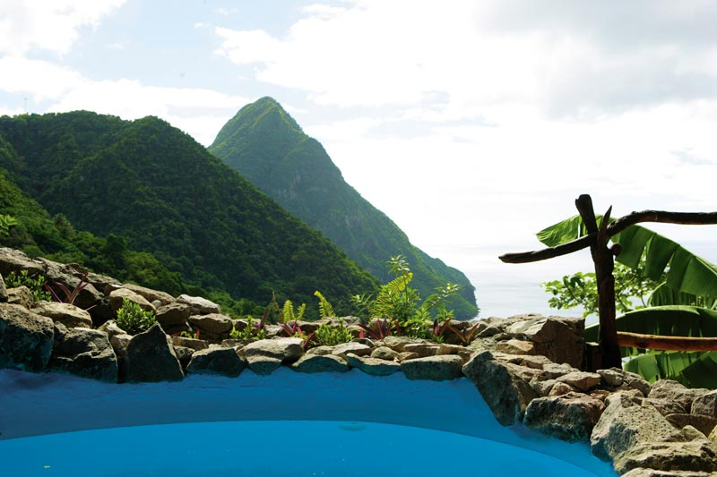 open wall resort st lucia ladera 1 The Open Wall Resort in St. Lucia [20 pics]