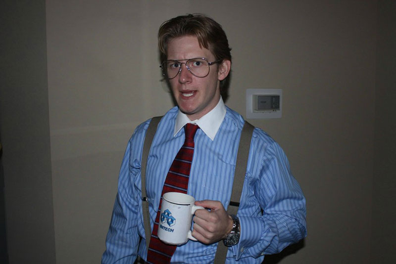 bill lumbergh office space halloween costume 23 Funny and Creative Halloween Costumes