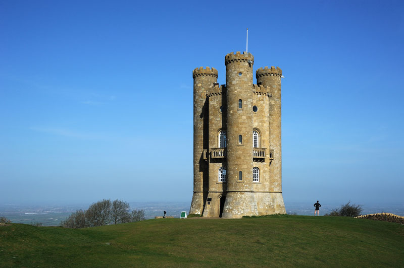 broadway tower worcestershire england folly China Builds Highway Around House That Refuses to Move