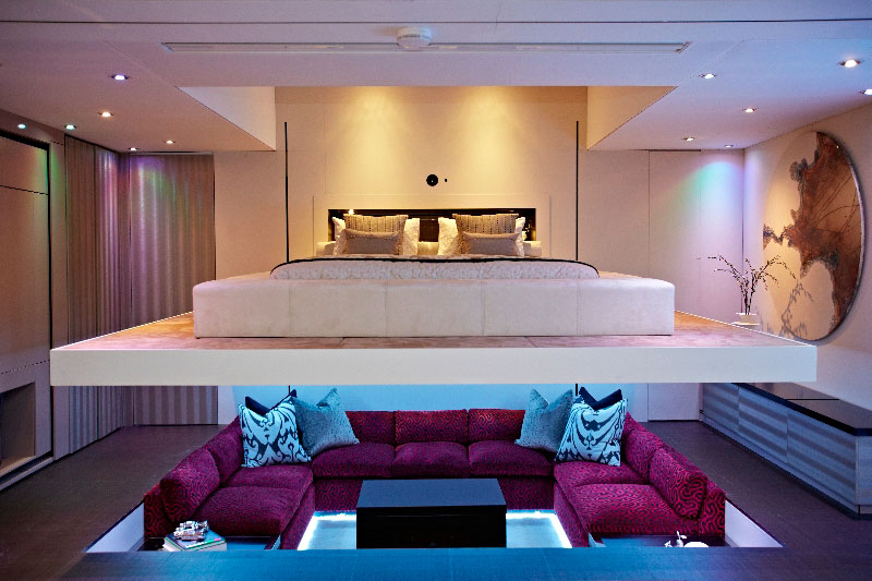 elevvator bed yo home simon woodroffe 2 Elevator Bed Rises to Reveal Sunken Living Room