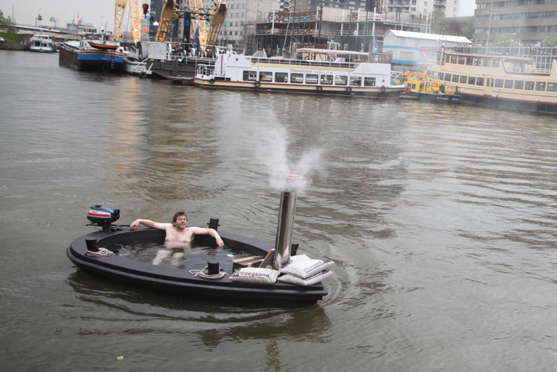 Check Out This Hot Tub Tug Boat 171 Twistedsifter