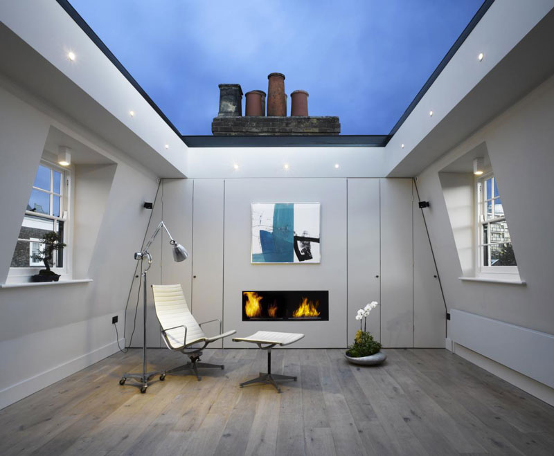 house in london with a retractable glass roof twistedsifter. Black Bedroom Furniture Sets. Home Design Ideas