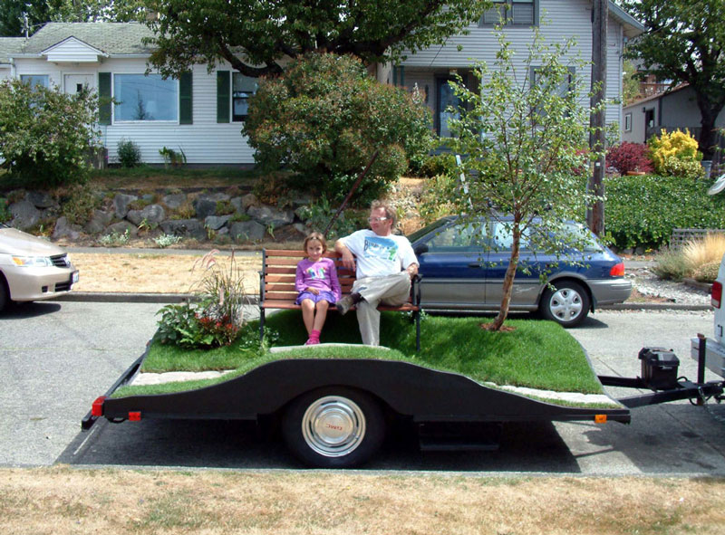 miniature park on a trailer suttonberesculler trailer park 5 Youve Never Seen a Trailer Park Like This [15 pics]