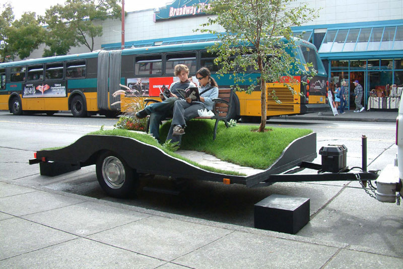 miniature park on a trailer suttonberesculler trailer park 8 Youve Never Seen a Trailer Park Like This [15 pics]