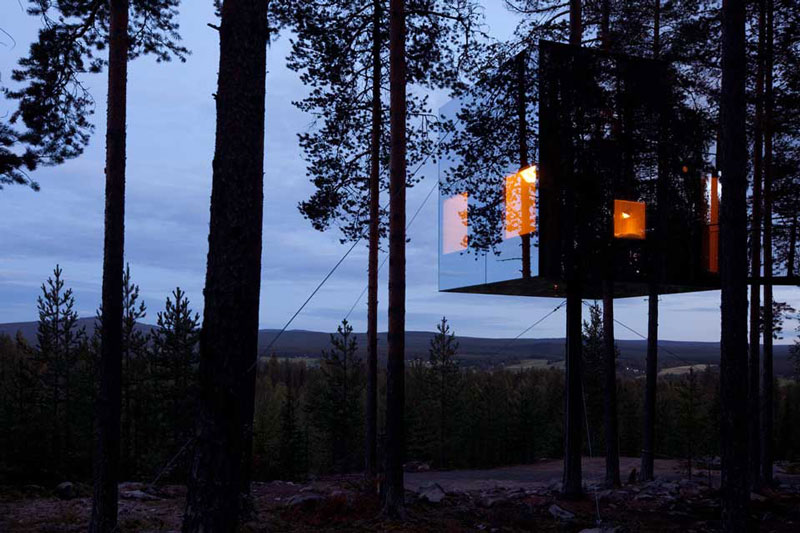 mirrorcube treehouse sweden treehotel 1 The Treehotel in Sweden for Nature Lovers