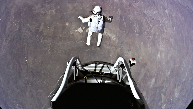 red bull stratos felix baumgartner space jump 11 Heres What Wingsuit Flying Through a 20 ft Gap at 100 mph Looks Like