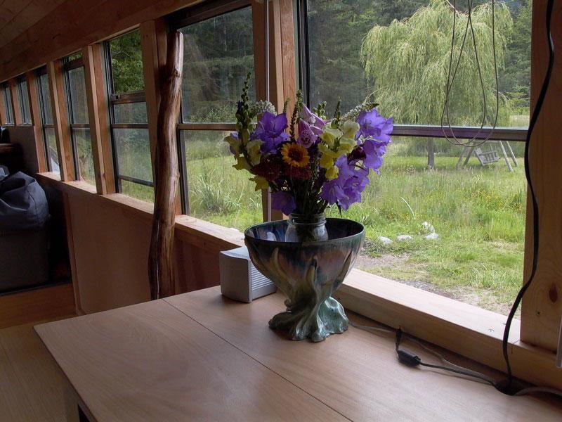 school bus conversion into mobile home 2 School Bus Converted Into Mobile Home
