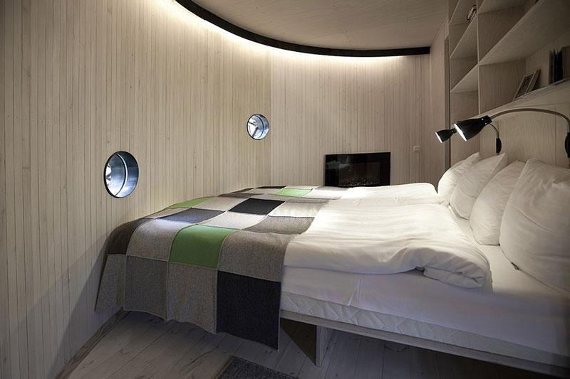 sweden tree hotel birds nest room 1 The Treehotel in Sweden for Nature Lovers