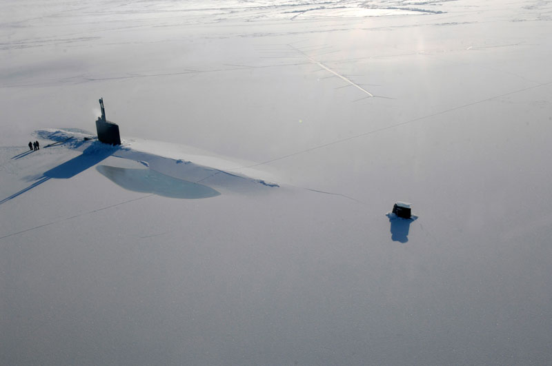 uss annapolis submarine surfaces in the arctic through the ice Picture of the Day: A Submarine Surfaces Through Arctic Ice