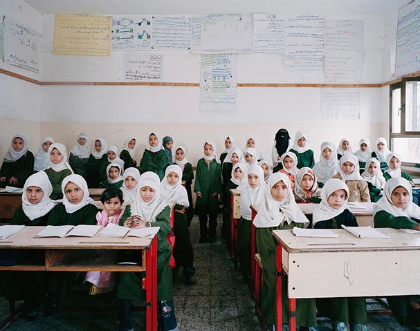 yemen manakha primary year 2 science revision classroom portraits julian germain 18 Classroom Portraits Around the World